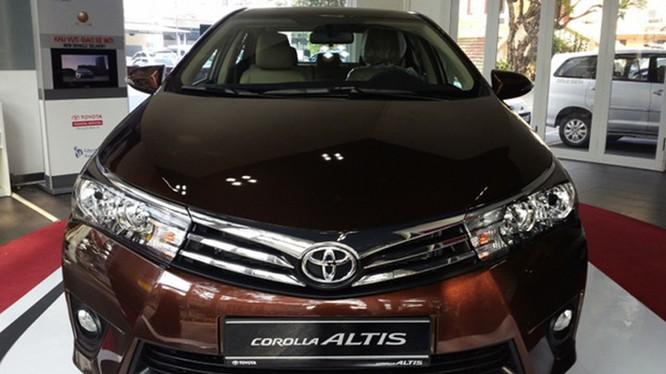 Toyota Việt Nam đã giảm giá mạnh với mẫu xe Altis
