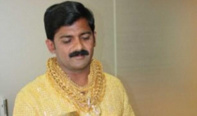 Doanh nhân Datta Phuge là người luôn bị ám ảnh với vàng.