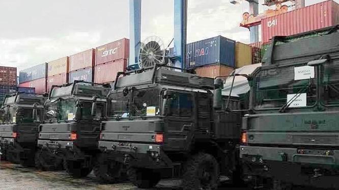 Xe chuyên dụng MAN của hệ thống tên lửa phòng không tầm gần Spyder đến Việt Nam - Ảnh: defence.pk