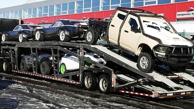 'Fast & Furious 8' khoe dàn siêu xe đắt nhất hành tinh.
