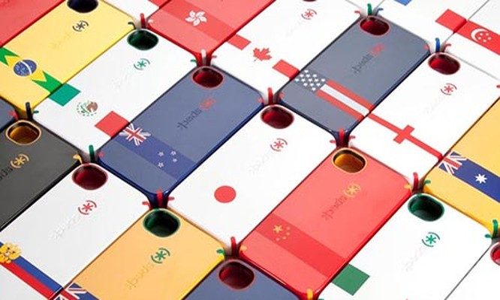 """Nhiều mẫu ốp bảo vệ smartphone in """"đường lưỡi bò"""" được bán tại Trung Quốc với giá rẻ hơn các ốp loại tương đương. Ảnh minh họa."""