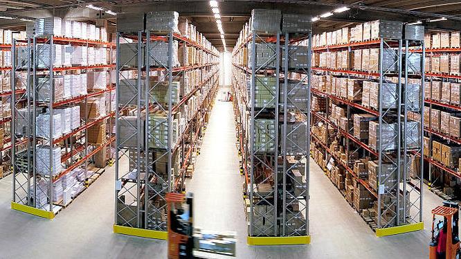 Việc sử dụng robot trong các kho hàng và áp dụng quản lý điện tử không phải là công nghệ quá xa lạ đối với nhiều doanh nghiệp thương mại điện tử (ảnh minh họa).