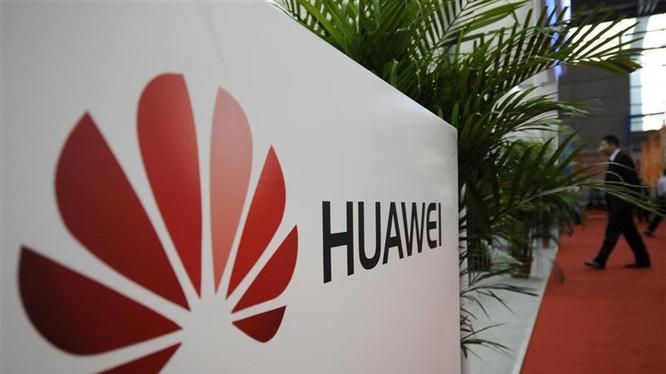 Samsung cáo buộc Huawei vi phạm 6 bằng sáng chế của mình