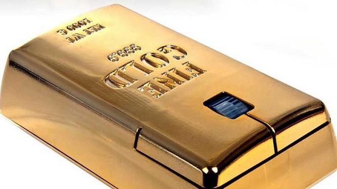 1- Chuột Gold Bullion được thiết kế hoàn toàn giống như một viên gạch vàng với giá hiện nay khoảng 36.835 USD.