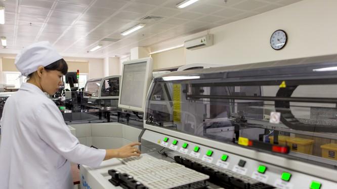 Hệ thống xét nghiệm tự động hiện đại nhất Việt Nam Accelerator a3600