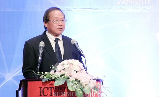 Bộ trưởng Bộ TT&TT Trương Minh Tuấn phát biểu tại diễn đàn.