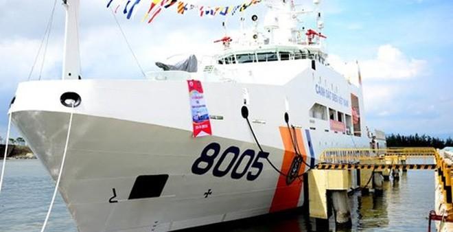 Tàu Cảnh sát biển 8005 khủng nhất Việt Nam hạ thủy