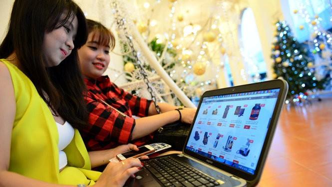 Trong Ngày mua sắm trực tuyến - Online Friday 2016 diễn ra ngày 2/12 tới, Viettel Post dự kiến sẽ cho các khách hàng sử dụng miễn phí phần mềm bán hàng và quản lý hàng hóa trong kho. (Ảnh minh họa)