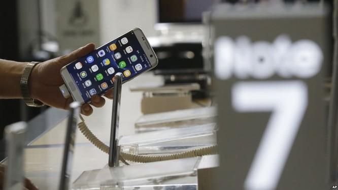 Theo Bộ Công Thương, trong gần 3 tuần, 19/8 - 7/9/2016, số lượng điện thoại Galaxy Note 7 đã bán ra lên tới 12.633 chiếc.