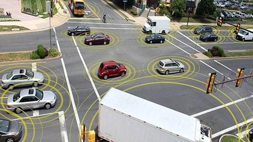 """Giai đoạn 1 của Đề án """"Giải pháp giao thông thông minh trên nền bản đồ số"""" tập trung vào công tác quản lý Nhà nước về hệ thống giám sát hành trình, quản lý tuyến cố định, quản lý cầu - đường, quản lý các vụ tai nạn giao thông..."""