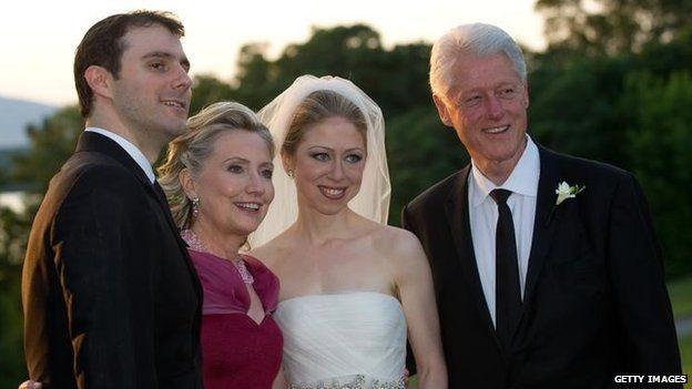 Bà Clinton cho biết, một nửa email từ hòm thư cá nhân của bà là thông tin riêng, trong đó có cả việc chuẩn bị đám cưới cho con gái.
