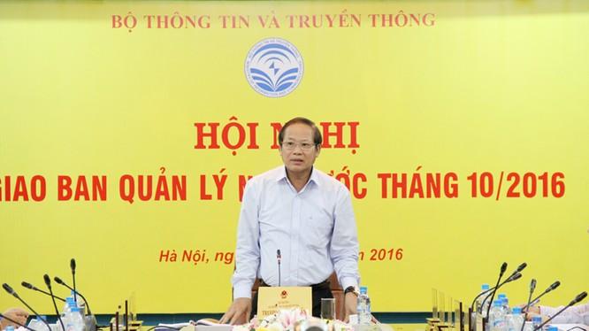"""Bộ trưởng Trương Minh Tuấn nhấn mạnh: """"Các doanh nghiệp khi triển khai mạng 4G cần chú trọng công tác đảm bảo an toàn thông tin""""."""