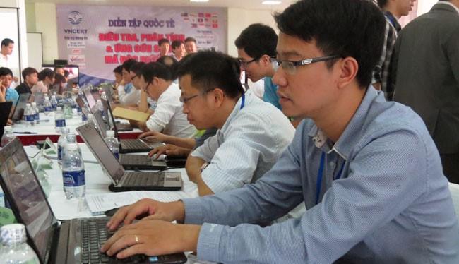 Các đội của Việt Nam đã cùng với các chuyên gia an ninh mạng quốc tế tham gia cuộc diễn tập quốc tế về an toàn thông tin.