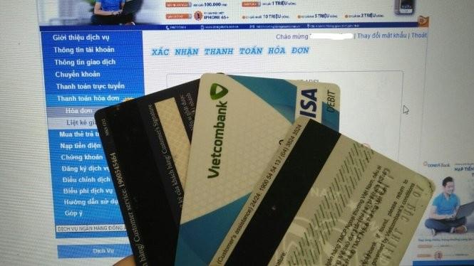 Người dùng phải hết sức bảo mật các thông tin cá nhân dùng trong giao dịch ngân hàng.