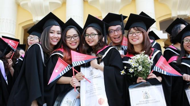 1.528 sinh viên Đại học RMIT Việt Nam tại cả 2 cơ sở của trường vừa được trao bằng tốt nghiệp.