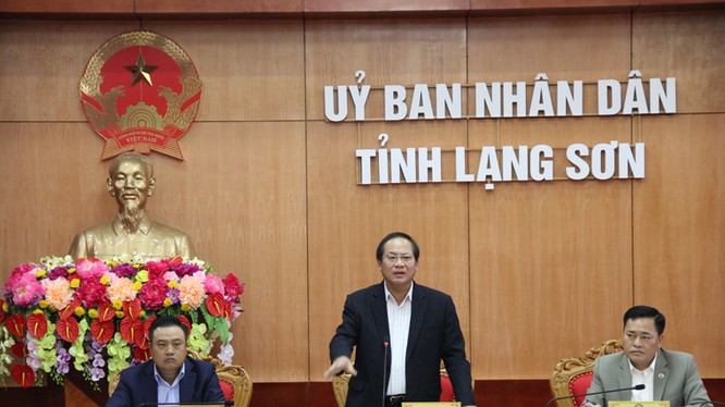 Bộ trưởng Bộ TT&TT Trương Minh Tuấn phát biểu tại buổi làm việc