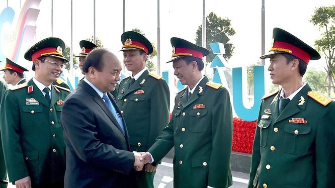 Thủ tướng Nguyễn Xuân Phúc đánh giá, 10 năm trở lại đây, Viettel đã vươn lên mạnh mẽ trở thành tập đoàn viễn thông và công nghệ thông tin lớn nhất Việt Nam.