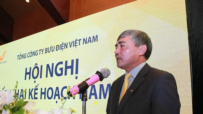 Thứ trưởng Bộ TTTT Nguyễn Minh Hồng phát biểu tại hội nghị
