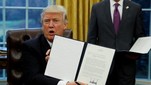 Sắc lệnh hành chính siết chặt chính sách cấp thị thực nhập cảnh và tiếp nhận người tị nạn vào Mỹ đã được tân Tổng thống Donald Trump ký ngày 27/1