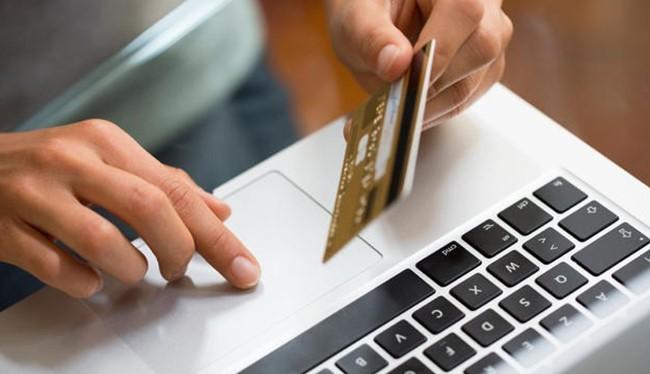 Năm 2016, trị giá của thị trường thương mại điện tử Việt Nam lên tới 4 tỷ USD, tương đương gần 100.000 tỷ đồng. Ảnh minh hoạ: internet