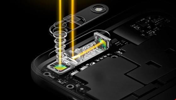 """Công nghệ """"5x Dual-camera Zoom"""" được lấy cảm hứng từ ý tưởng kính tiềm vọng của tàu ngầm."""