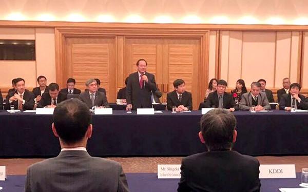 Ủy viên Trung ương Đảng, Bộ trưởng Bộ TT&TT Trương Minh Tuấn phát biểu tại Diễn đàn.