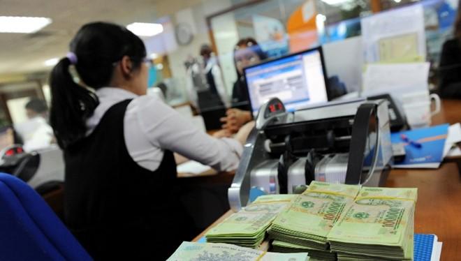 Hàng loạt các ngân hàng thương mại triển khai dịch vụ nộp thuế điện tử không chỉ tạo thuận lợi cho doanh nghiệp, bớt thủ tục rườm rà mà còn thúc đẩy thanh toán không dùng tiền mặt, hỗ trợ phát triển chính sách công. Ảnh minh hoạ: Internet.