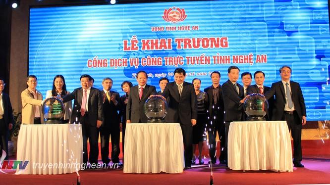 Cổng dịch vụ công trực tuyến tỉnh Nghệ An chính thức khai trương. Ảnh: Truyền hình Nghệ An.