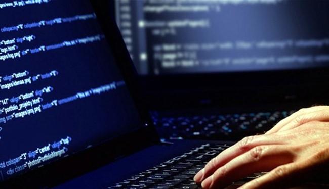 Người dùng cần tăng cường bảo vệ máy tính và dữ liệu của mình bằng các phần mềm bảo mật và sao lưu dữ liệu thường xuyên.