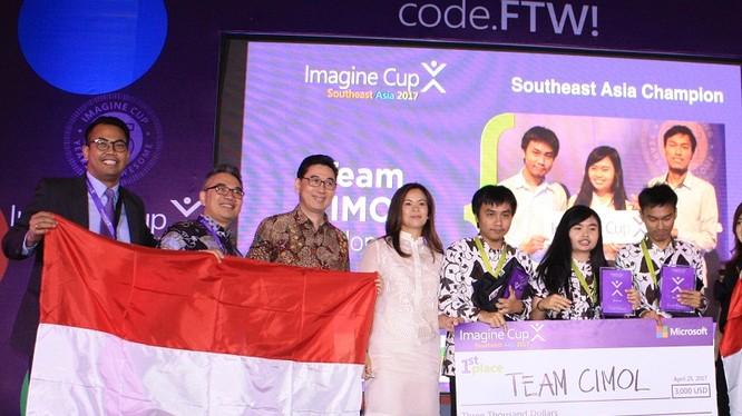 Đội CIMOL giành giải đặc biệt vòng chung kết cúp sáng tạo Microsoft Imagine Cup 2017 khu vực Đông Nam Á.