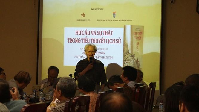 Tác giả tiểu thuyết lịch sử Kim Thiếp Vũ Môn - Trần Gia Ninh