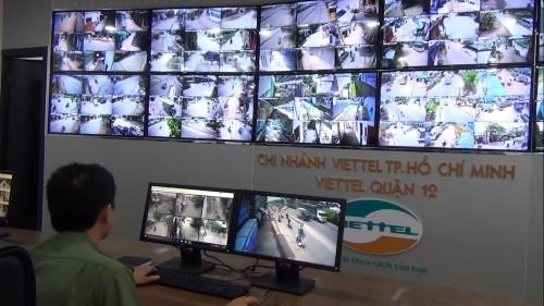 Trung tâm Chỉ huy giám sát camera an ninh nơi công cộng được đưa vào hoạt động. Ảnh: Internet