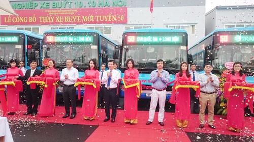 Các xe chạy tuyến buýt số 50 được trang bị hệ thống giám sát, quản lý GPS hiện đại và phát wifi miễn phí