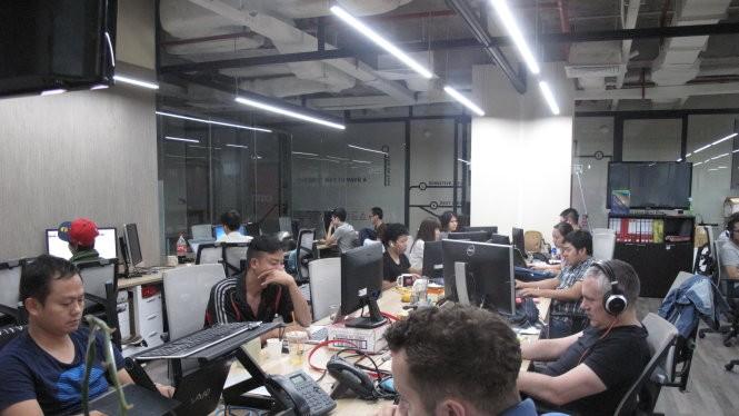 Sự phát triển của các công ty khởi nghiệp công nghệ có liên quan mật thiết đến chất lượng lẫn số lượng nhân lực IT trong nước (ảnh chụp tại không gian làm việc chung Dreamplex) - Ảnh: C.Nhật