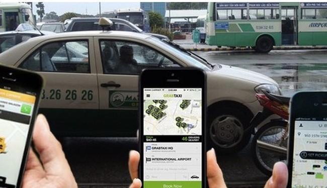 Chính phủ đã đồng ý cho phép thí điểm áp dụng hợp đồng điện tử trong loại hình kinh doanh vận tải hành khách bằng xe hợp đồng. Thời gian thí điểm 2 năm (từ tháng 1/2016). Ảnh minh hoạ: Internet