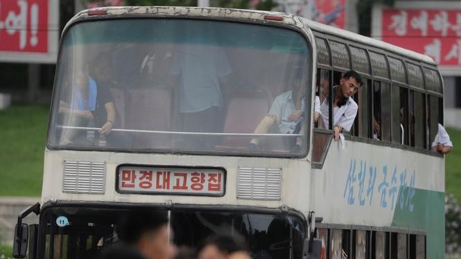 Người Triều Tiên đi làm từ rất sớm, 59% người dân rời nhà đi làm hàng ngày.