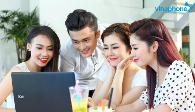 Hiện khách hàng có thể đăng ký gói cước Gia đình tại các điểm giao dịch của VNPT trên toàn quốc. Ảnh minh hoạ: VinaPhone