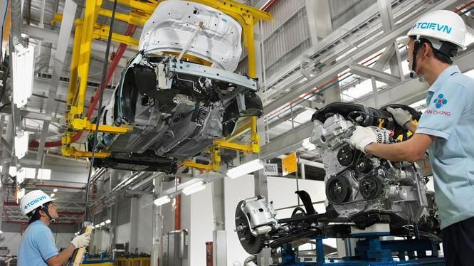 Sau nhiều thập kỷ kỳ vọng, đến nay mục tiêu xây dựng ngành công nghiệp ô tô của Việt Nam vẫn còn xa vời