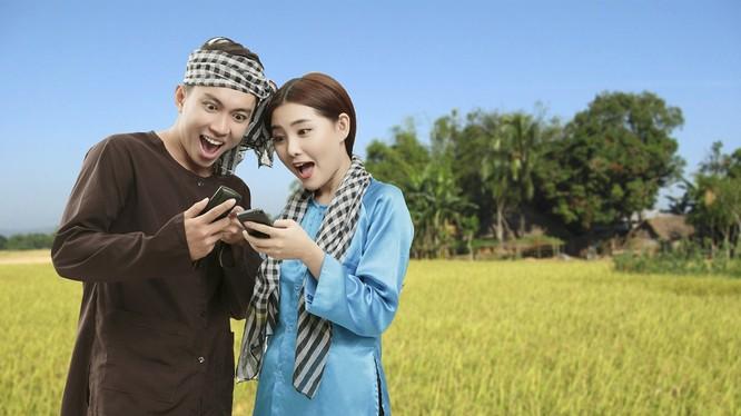 Cùng với Tổng đài Khuyến Nông 9195, VinaPhone phát hành sim Khuyến nông trên toàn quốc để tạo điều kiện cho bà con sử dụng điện thoại di động với giá ưu đãi. Ảnh minh hoạ: M.H