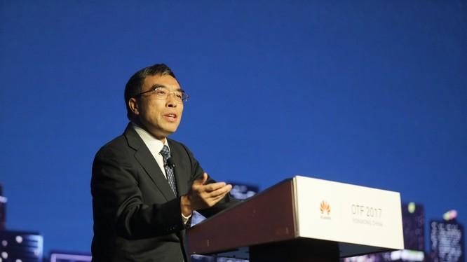 TS. Howard Liang, Phó Chủ tịch cấp cao của Huawei và Chủ tịch Cộng đồng Open ROADS, phát biểu khai mạc. Ảnh: KL