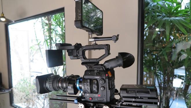 Máy quay phim điện ảnh chuyên nghiệp Cinema EOS C200. Ảnh: Canon.