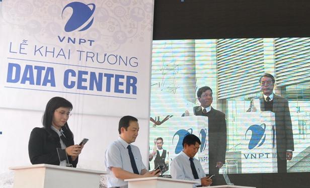 VNPT khai trương hai IDC tại khu công nghiệp Nam Thăng Long (Hà Nội) và khu chế xuất Tân Thuận (TP.HCM) vào cuối năm 2015. IDC tại Hà Nội đã được cấp chứng chỉ Uptime Tier III và chứng nhận ISO/IEC 27001:2013 vào tháng 4/2017.
