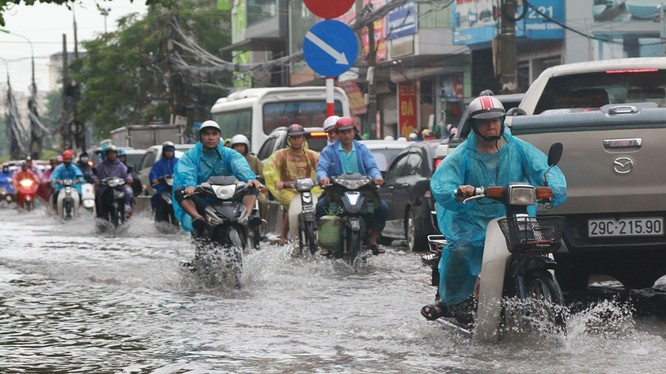 Khu vực Hà Nội: Từ chiều và đêm nay có mưa, mưa vừa, có nơi mưa to. Ảnh minh hoạ: Vietnamnet