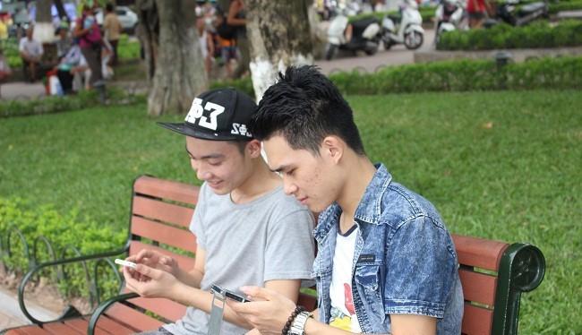 việc số hóa mạng lưới dịch vụ công đã trở thành ưu tiên hàng đầu của Chính phủ. Ảnh minh hoạ: Bùi Phú