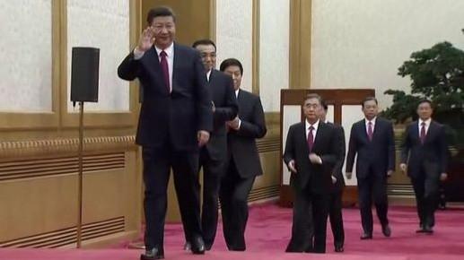 Thường vụ Bộ Chính trị Trung Quốc gồm 7 người. Ảnh: Reuters