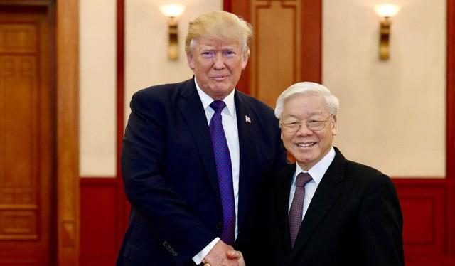 Tổng thống Mỹ Donald Trump đã hội kiến Tổng bí thư Nguyễn Phú Trọng vào lúc 11h tại Văn phòng Trung ương Đảng ở Hà Nội. Ảnh: Tuổi trẻ