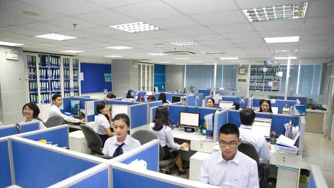 Hệ thống quản lý thuê bao M2M của VNPT giúp doanh nghiệp chủ động kiểm tra, giám sát, điều khiển tự động hóa hệ thống. Ảnh: Mai Hồng.