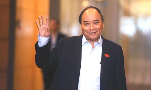 Thủ tướng Nguyễn Xuân Phúc, dù rất bận công việc nhưng vẫn theo dõi từng bước tiến của các cầu thủ U23 Việt Nam.