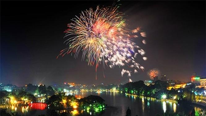 Điểm bắn tại Hồ Gươm có thể kéo dài thời gian bắn từ 20 đến 30 phút (do gộp từ hai trận địa bắn lại thành một). Ảnh: Hanoi.gov.vn