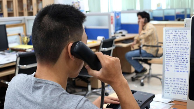 Các thuê bao cần thận trọng với những cuộc điện thoại lạ từ nước ngoài.
